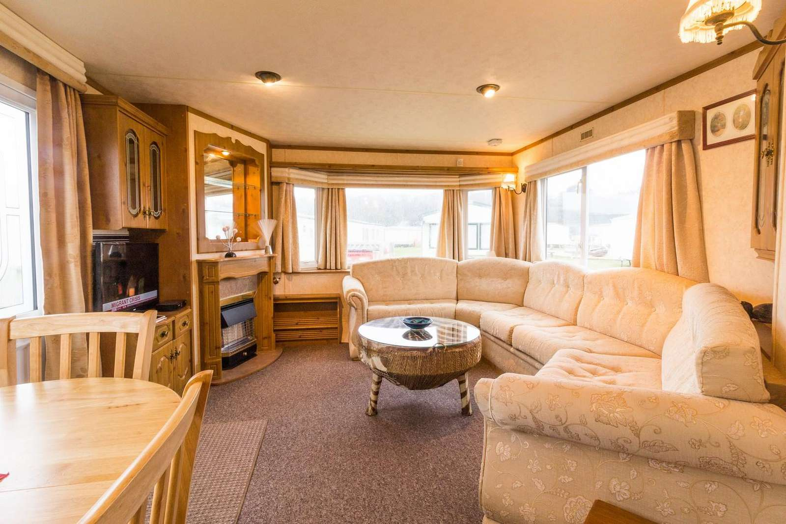 Spacious living area, great for families
