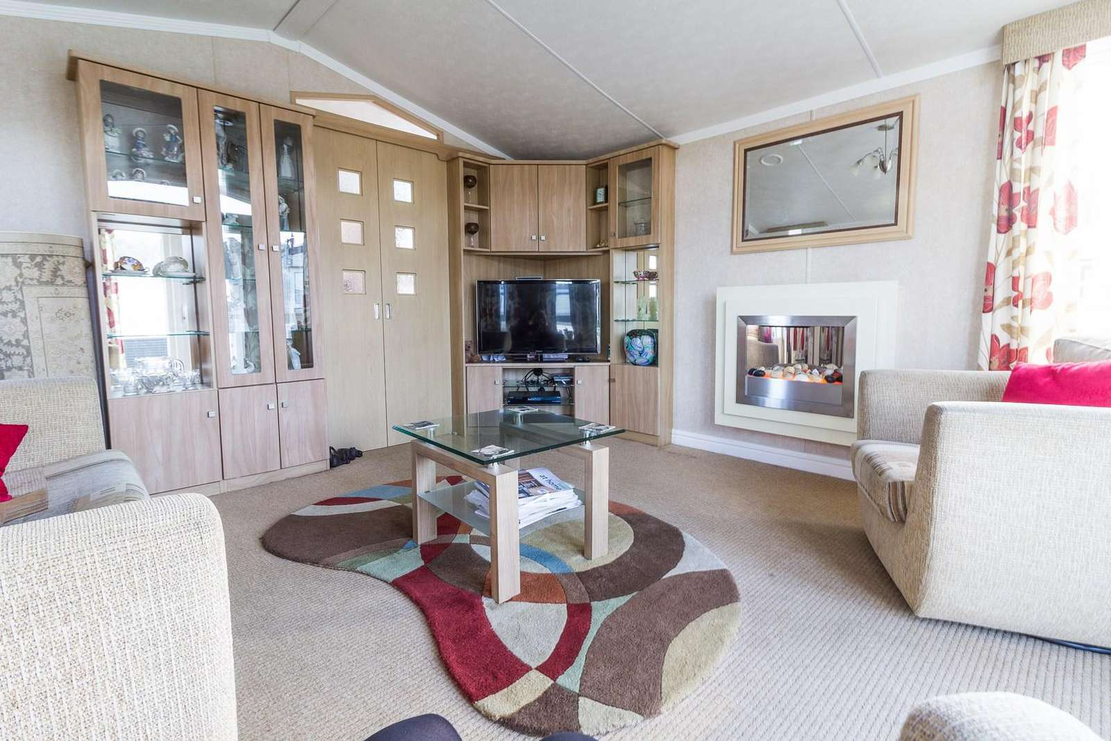 Cosy and homely living area, ideal for families!