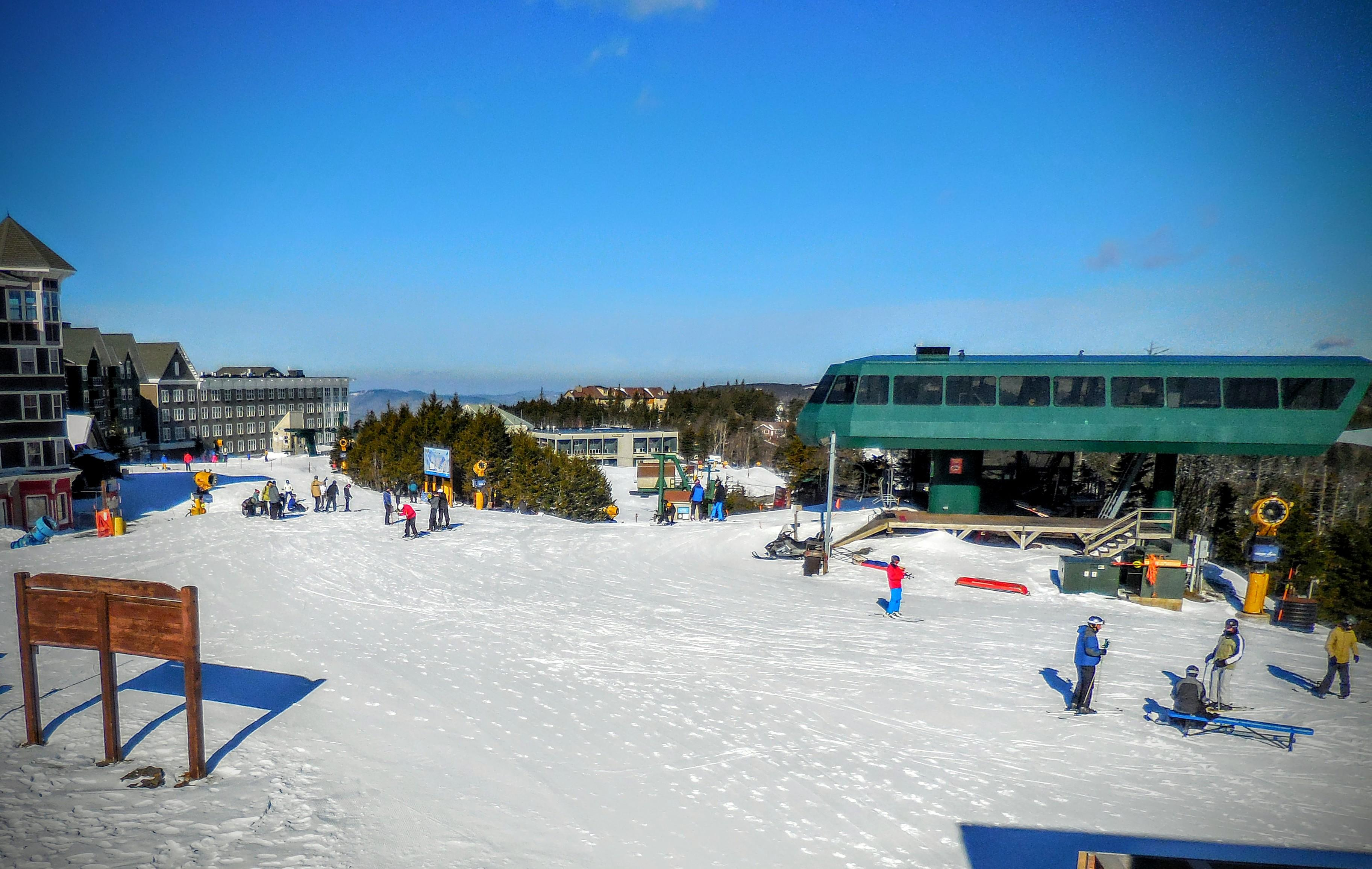 Views of Ballhooter lift and slopes from the ML332 balcony!