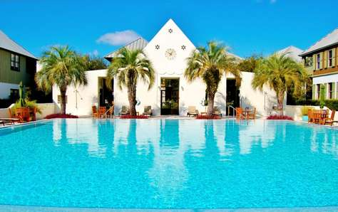 Coquina Pool: Only a short walk away!