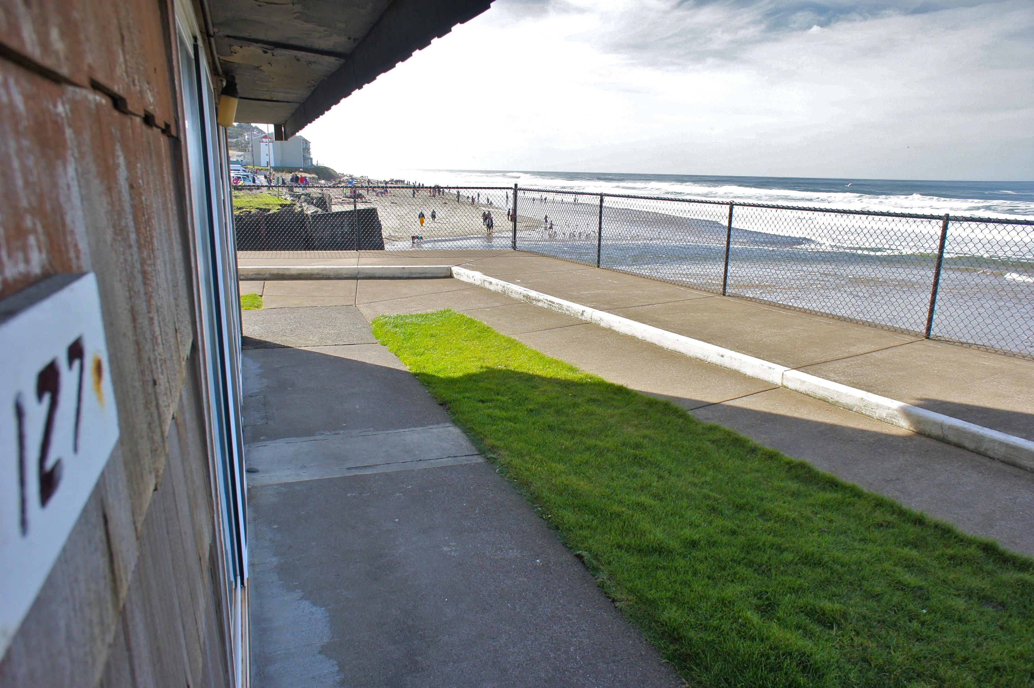 127 Waves of our Lives – Sea Gypsy Motel | Lincoln City, OR
