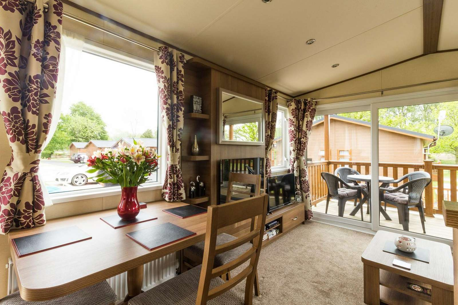Luxury lodge situated in Norfolk, near Norwich for days out