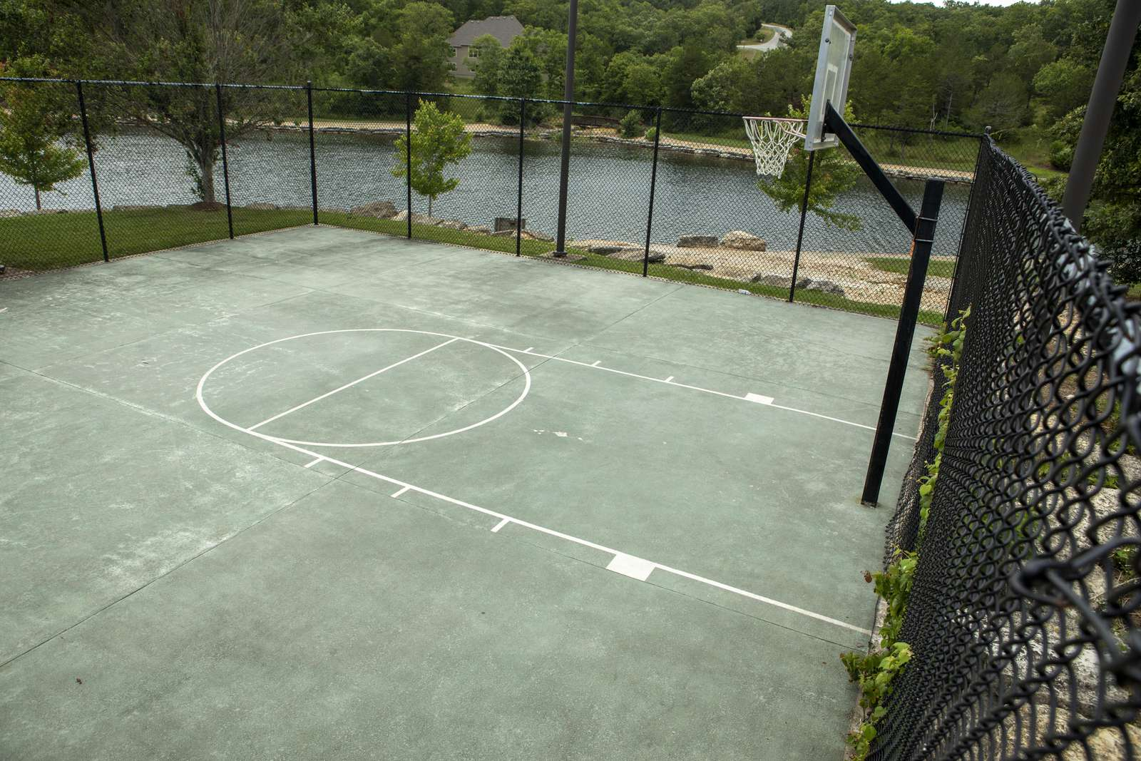 Basketball courts at Fox Hollow in Stonebridge.