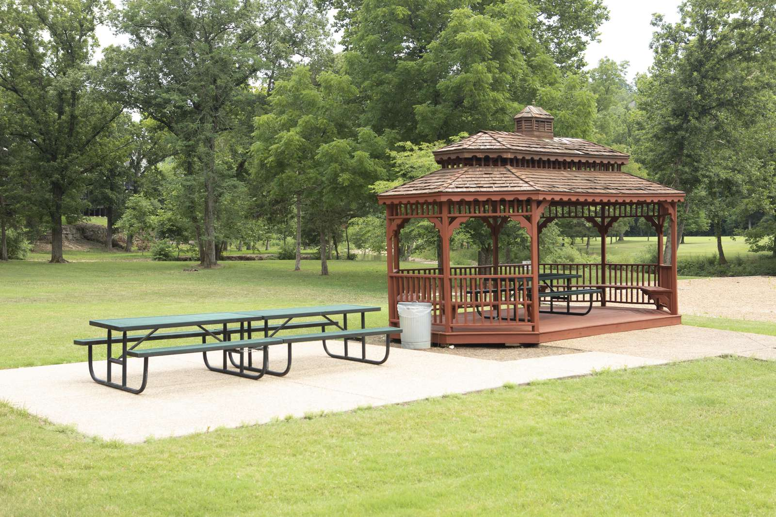Quiet, relaxing park is good for picnics, and gentle walks along the creek.