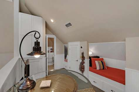 Loft Bedroom with Pool Table, Wet Bar and 2 Twin Beds