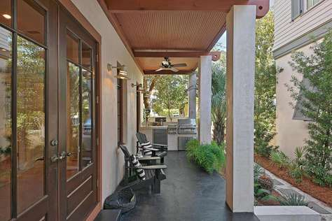 Large Front Porch with Outdoor Grill