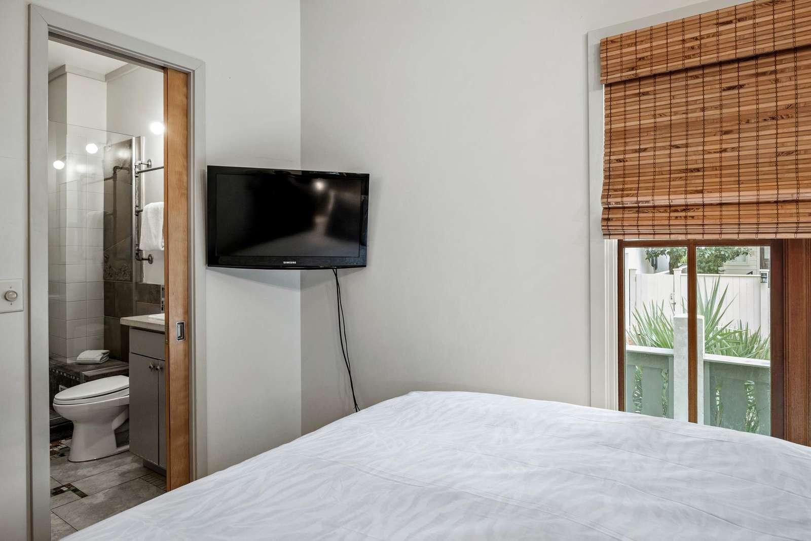 Queen Bedroom has En Suite Bath