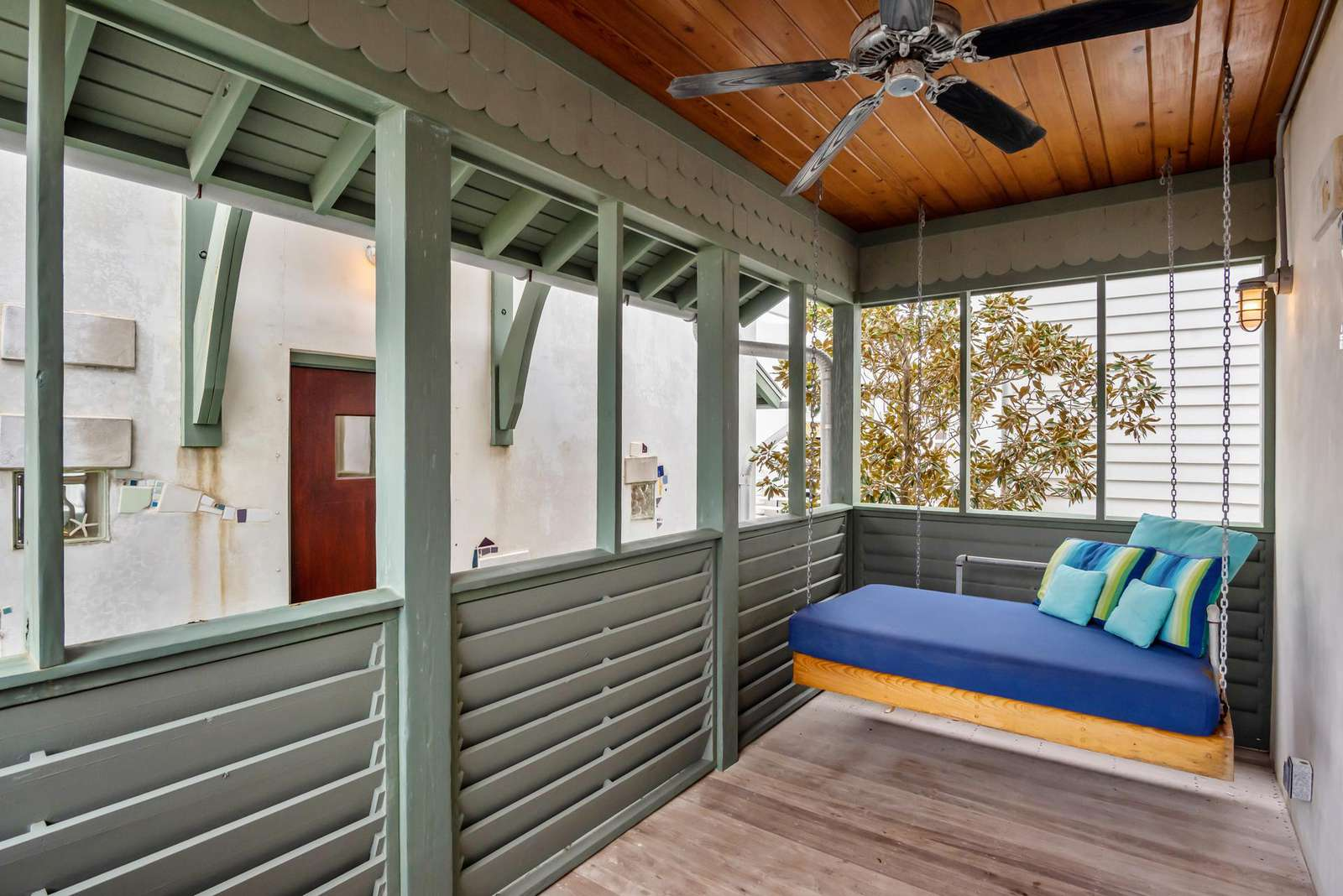Porch Daybed