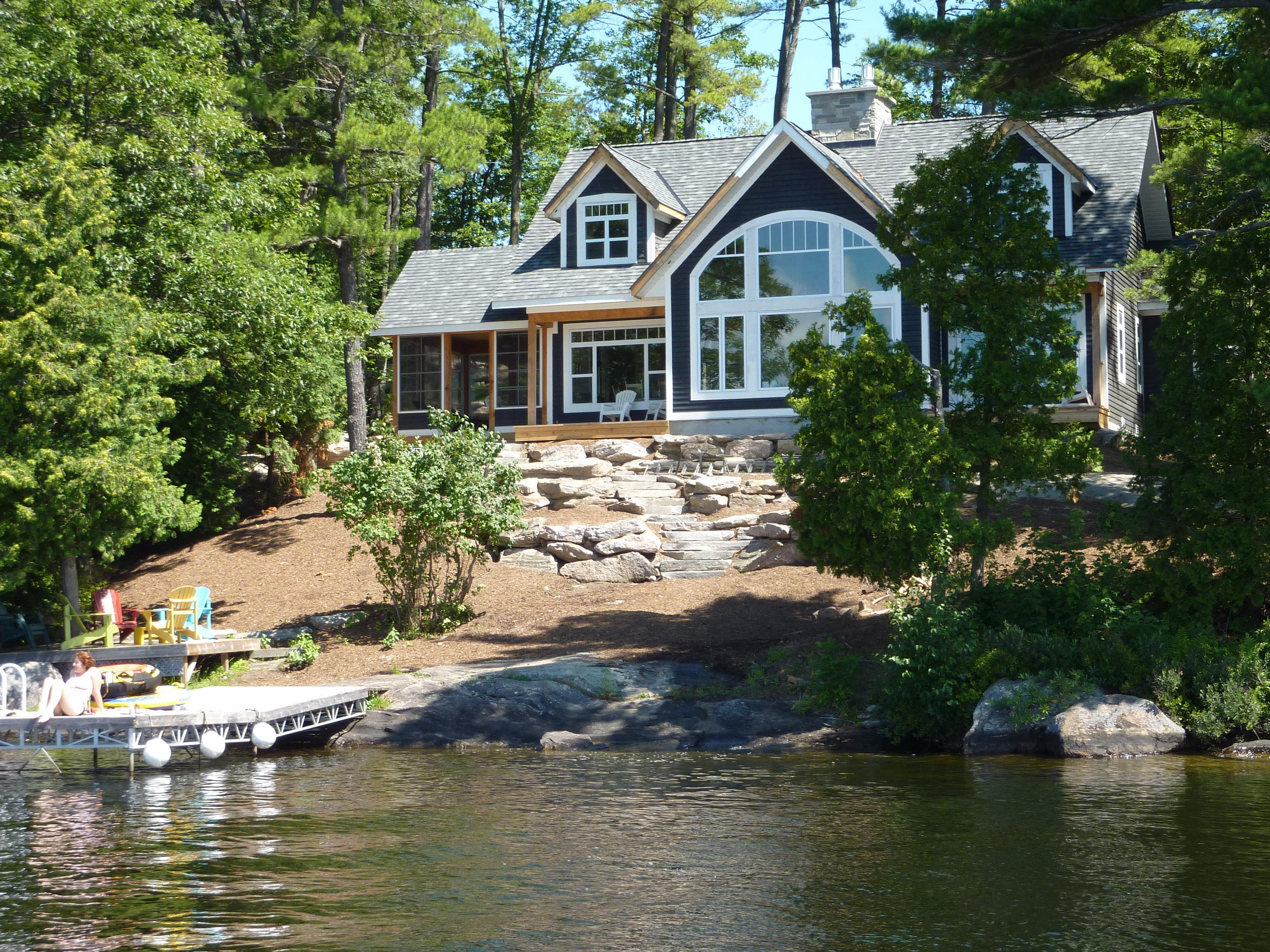 cottage below enlarge lake walker lakeside click near images for to muskoka district rentals rent on luxury huntsville