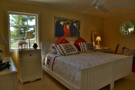Boathouse King Size Bed (or Twins)