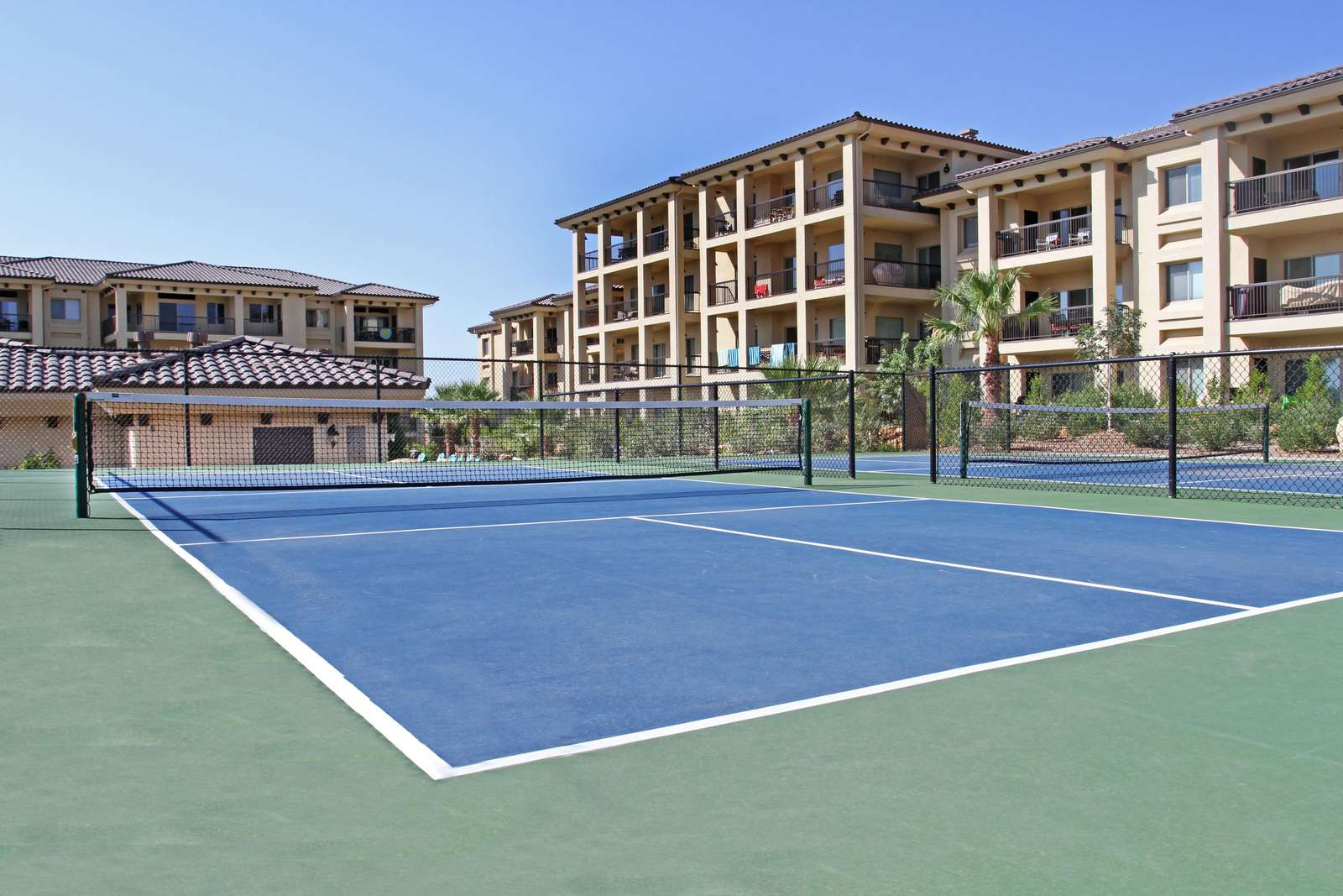 Estancia Pickle Ball Courts