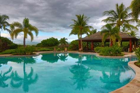Main KaMilo Pool, with wading pool and hot tub