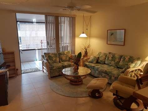 Living room w/sleeper sofa