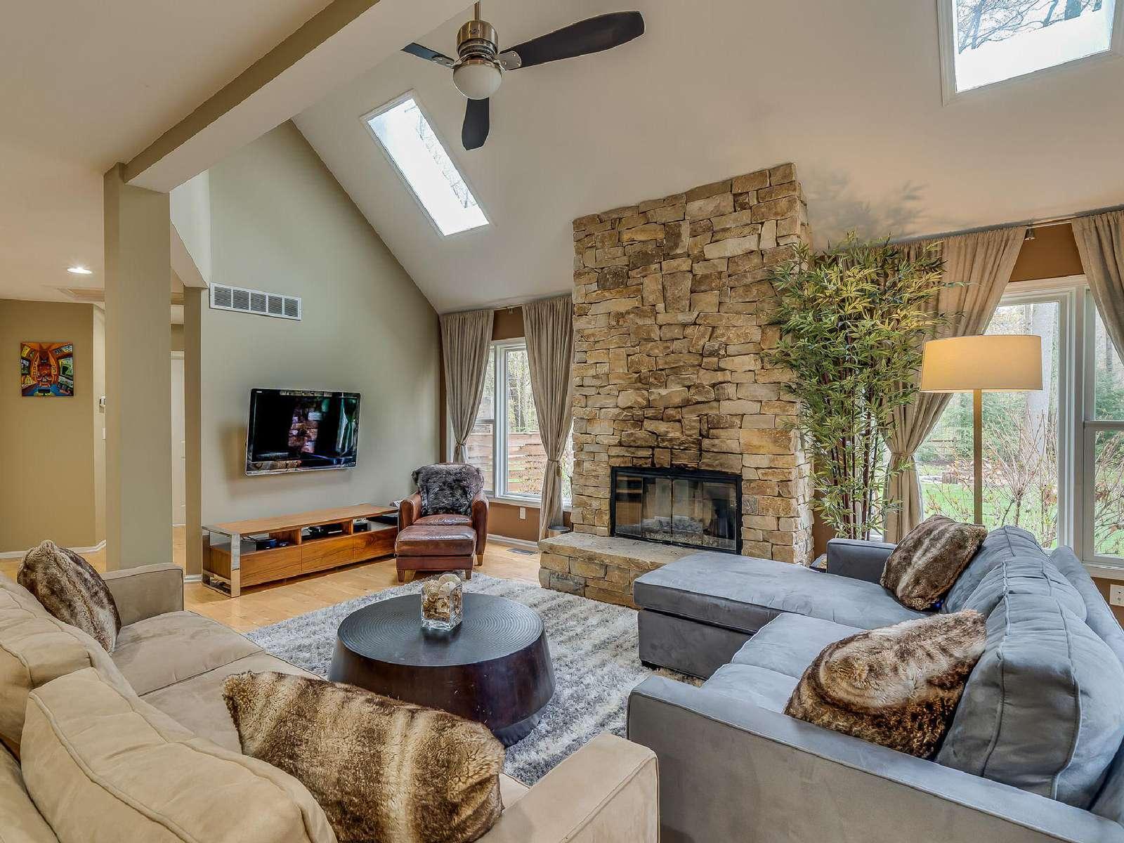 Ranger's Retreat on 2 acres | WAYA Vacation Rentals & Sales