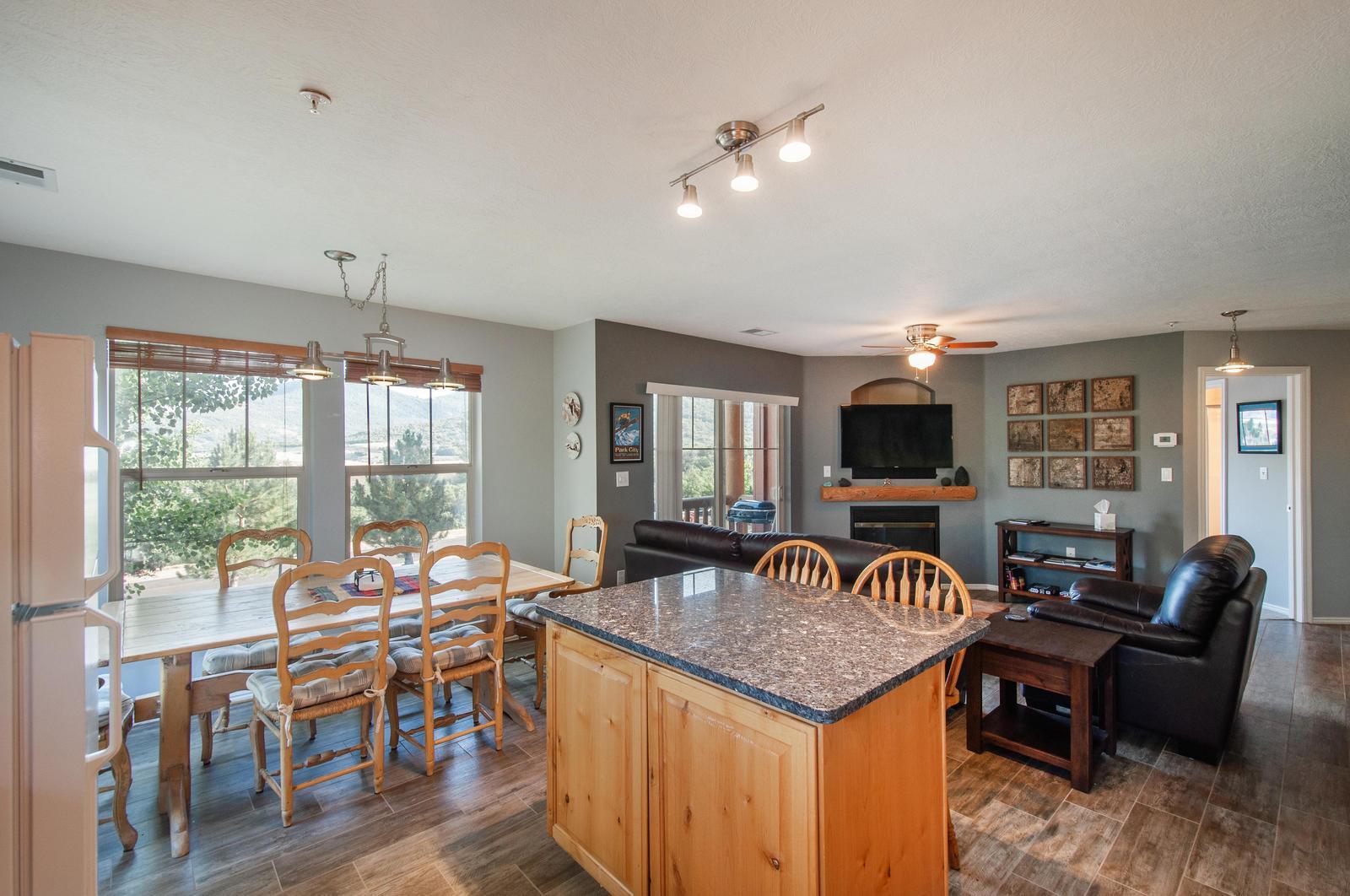 Open kitchen and living room floorplan