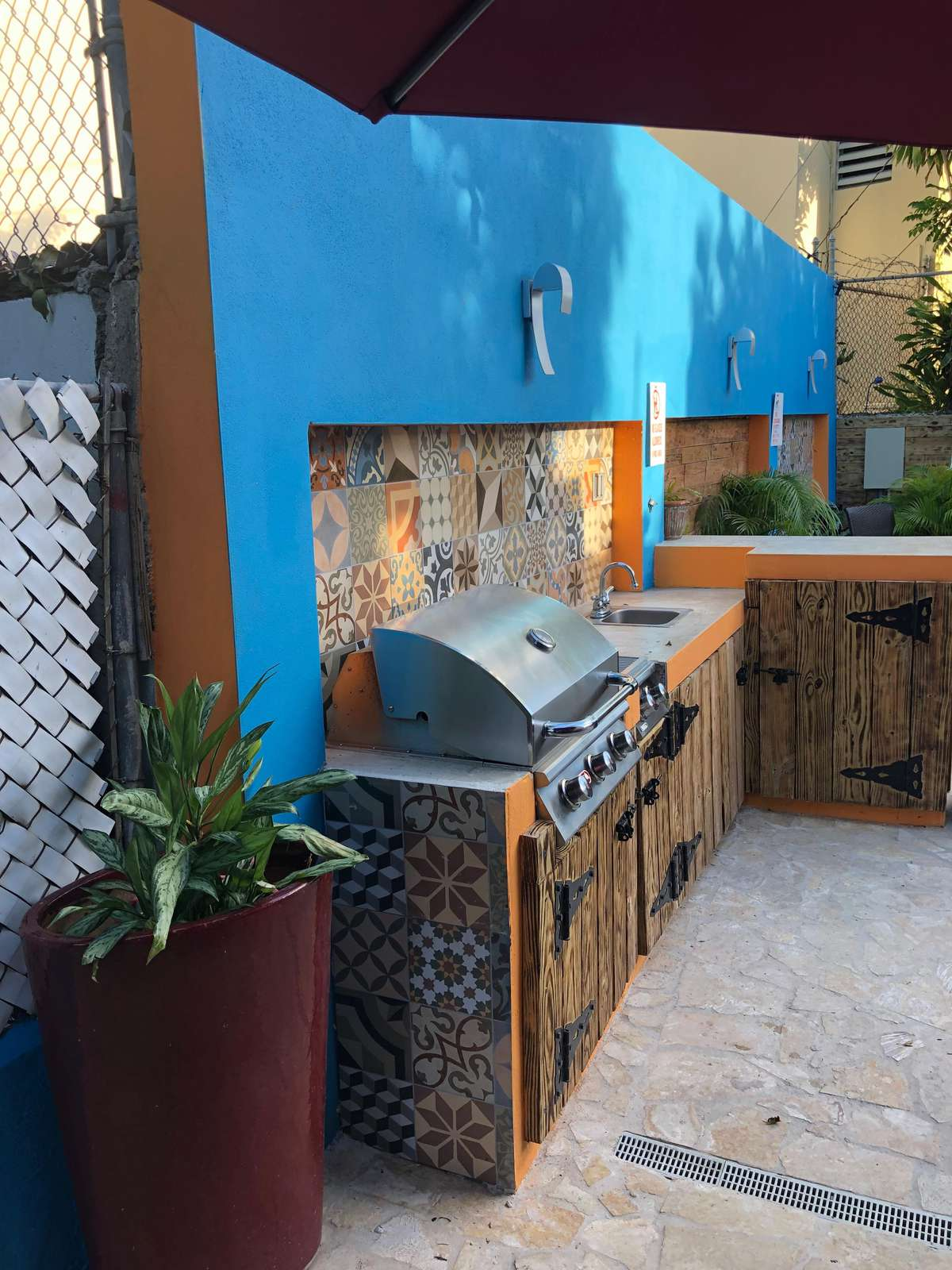 BULL barbecue grill makes grilling a joy