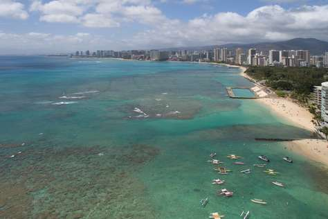 Waikiki beach with numerous cool reefs to explore