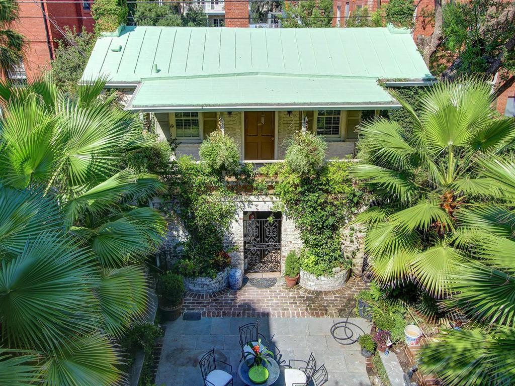 Charming Carriage House on Famous Jones Street - Cora Bett Vacation ...