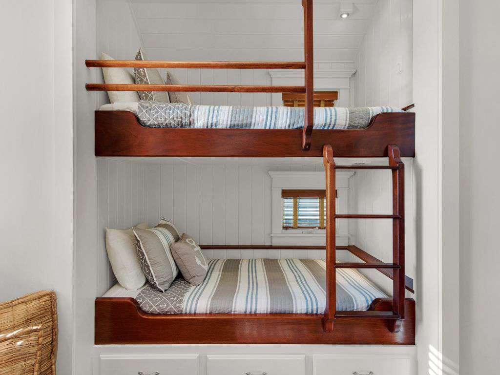 Bunk Beds w/Under Mount Lighting