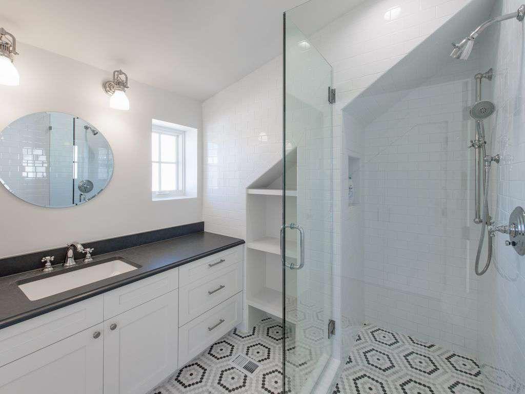 Third Floor Bath w/Walk-in Shower
