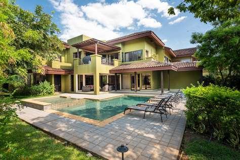 Villa Carao #7- A Private 4 Bedroom Resort Villa