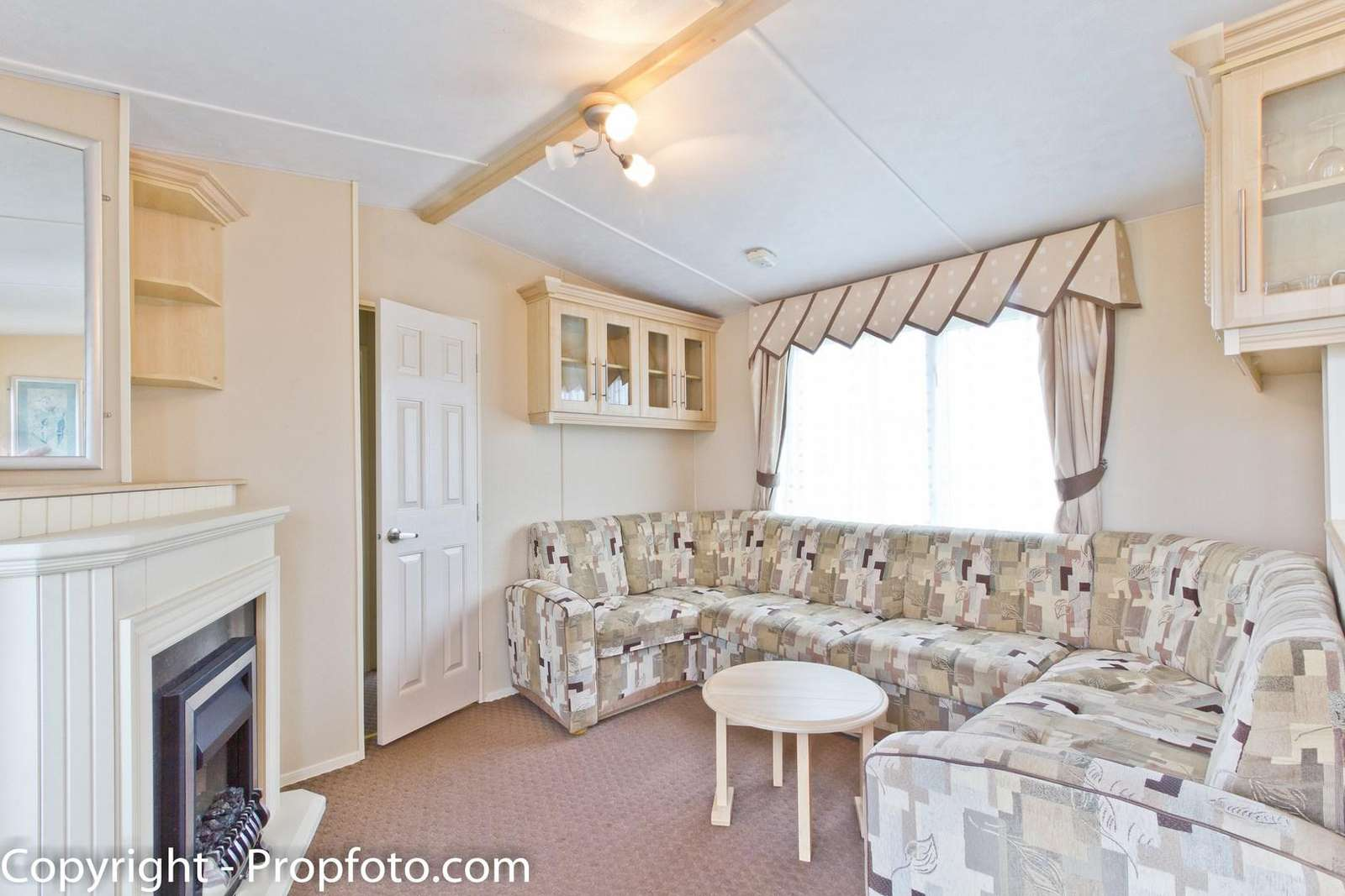 Cosy lounge, perfect to sit back and relax!
