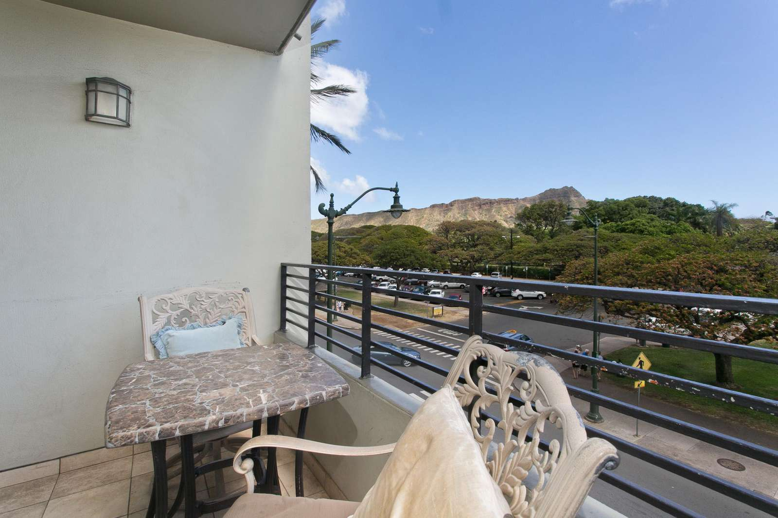 Private Lanai overlooking park