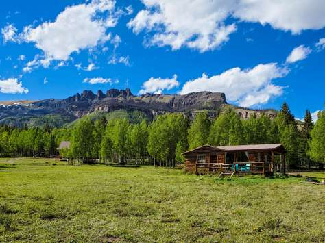 Rio Vista of Cabins at Lost Trail