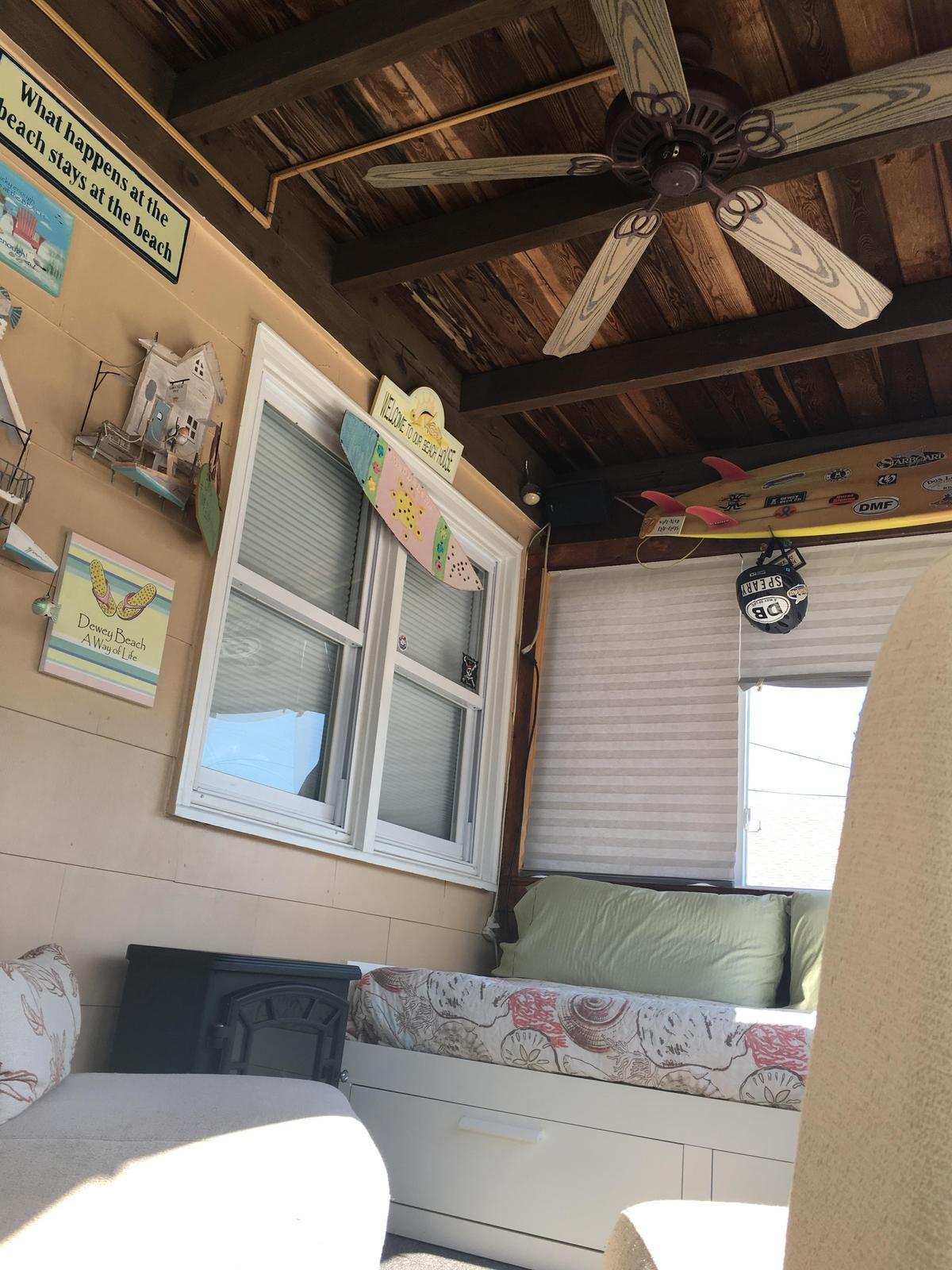 Ceiling fan in front sunroom