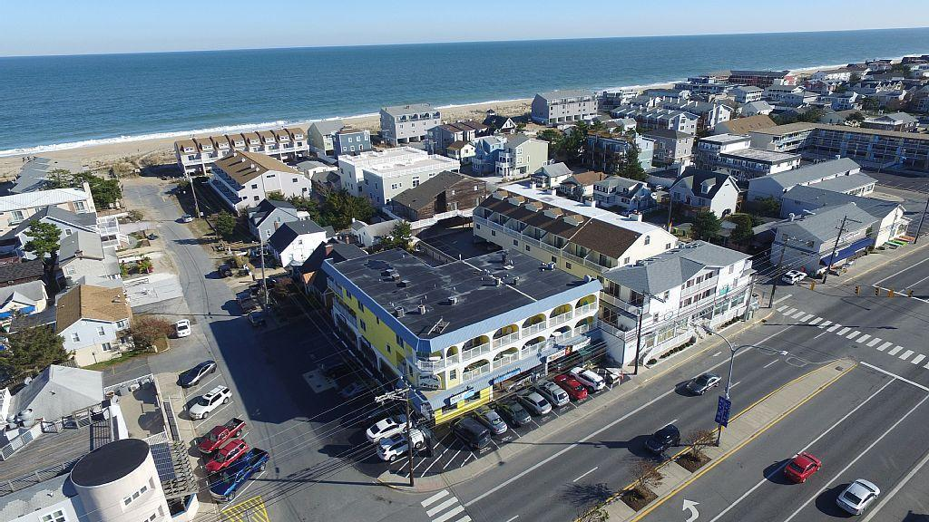 Aerial view of the Surfrider Building