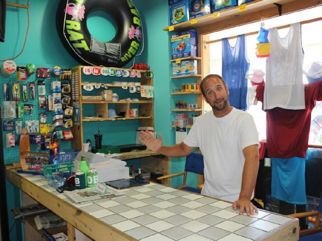 """Ground level business """"Vavala's Beach Things"""" For all your beach vacation needs!"""