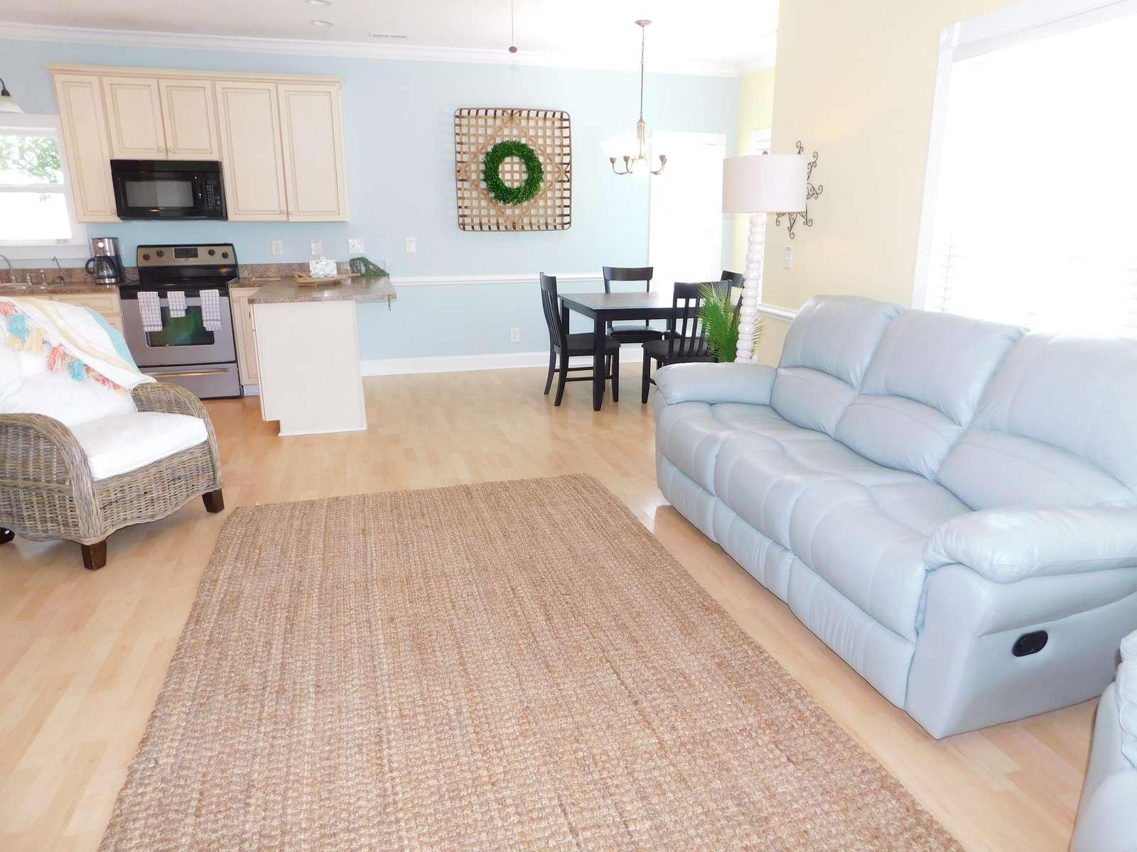 Family Room Reclining Sofa