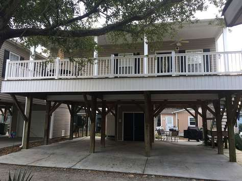 M-41 Sleeps 7, King Bed, Great Location,  Golf Cart