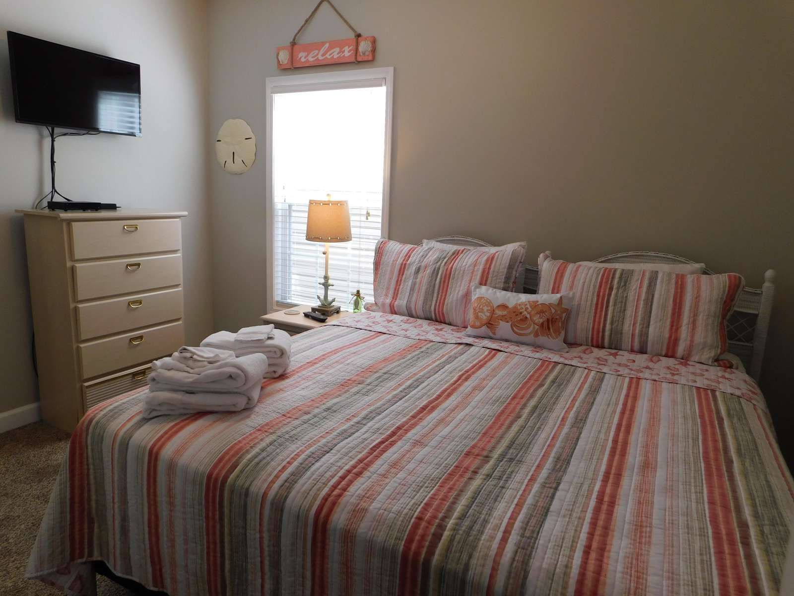New King Master Bed