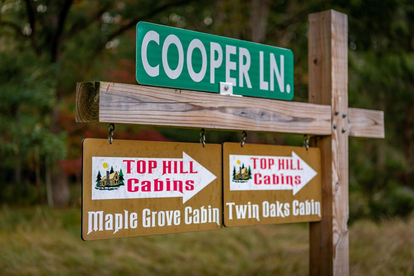 Cooper Lane Sign for Twin Oaks and Maple Grove Cabins
