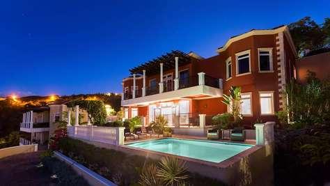Passion Fruit Villa