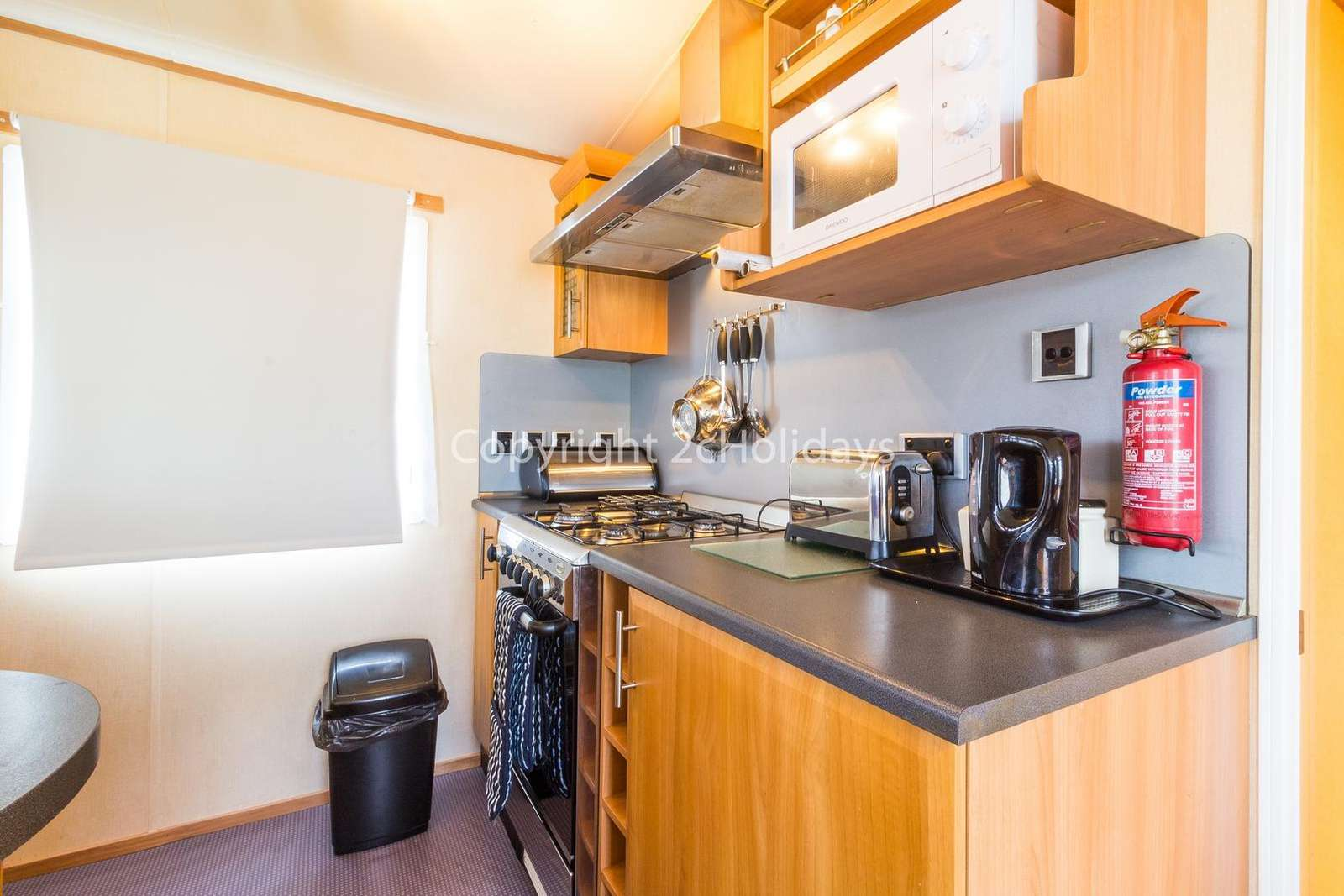 Includes a full size oven and fridge/freezer!