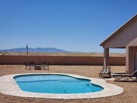 Desert Delight...Pool home Azalea