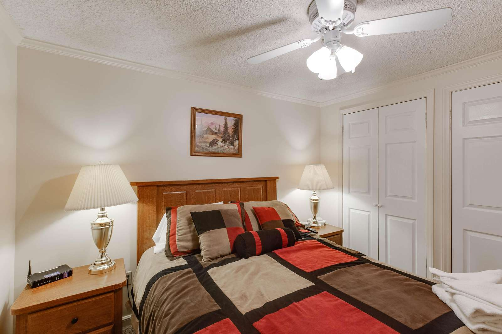 Lovely Queen Size Bed