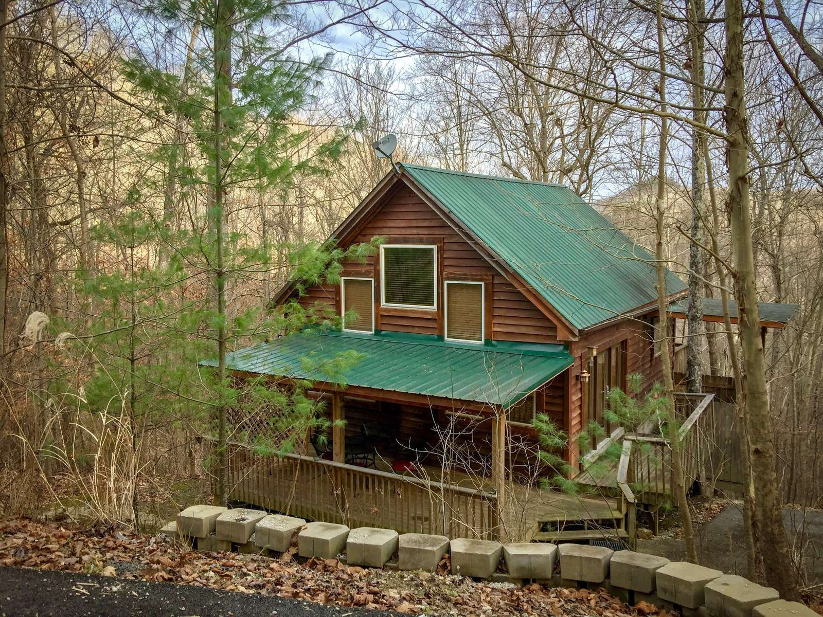 Vacation Rentals | Natural Bridge Cabin Rental