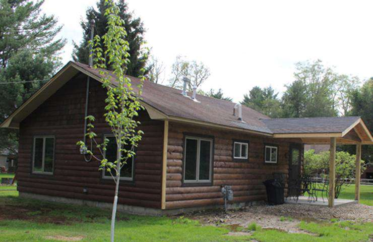Maple Grove Cabin Outside Side Front
