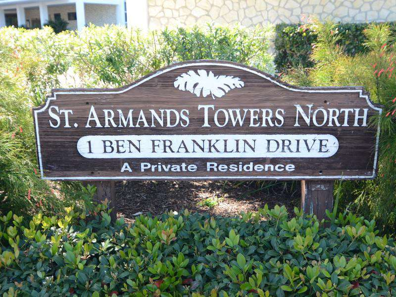 Welcome in St. Armands Towers North !