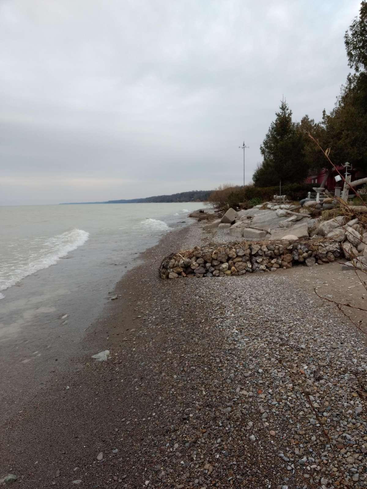 Beach access a cloudy Dec 02,2017