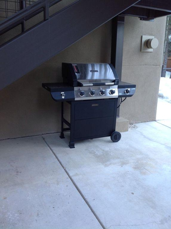 The is the new gas grill. Unit 101 and 102 will need to share it.