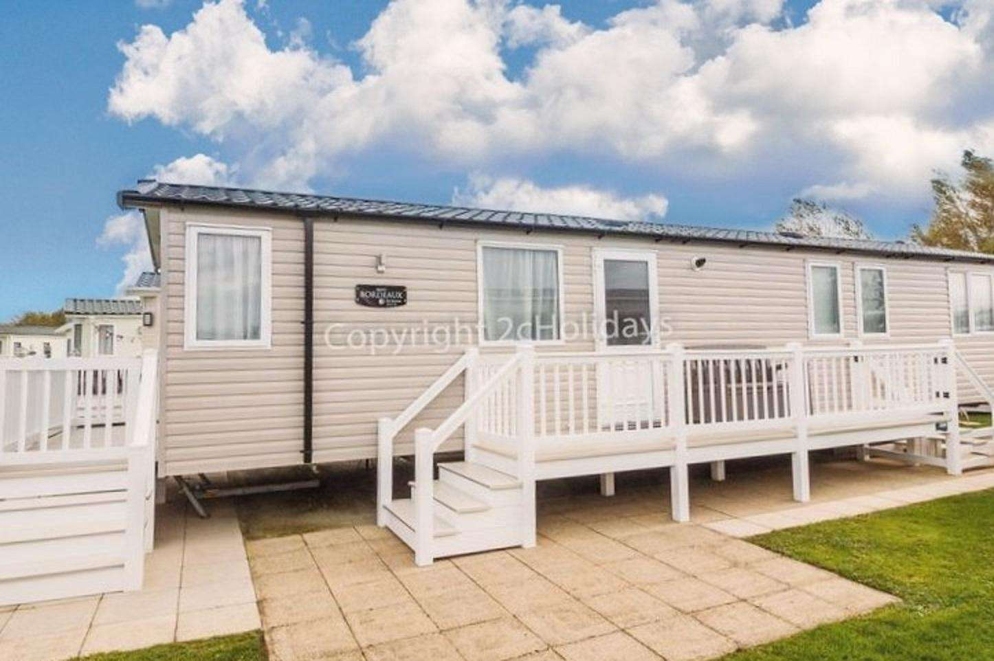 8 berth accommodation at Hopton Holiday Village