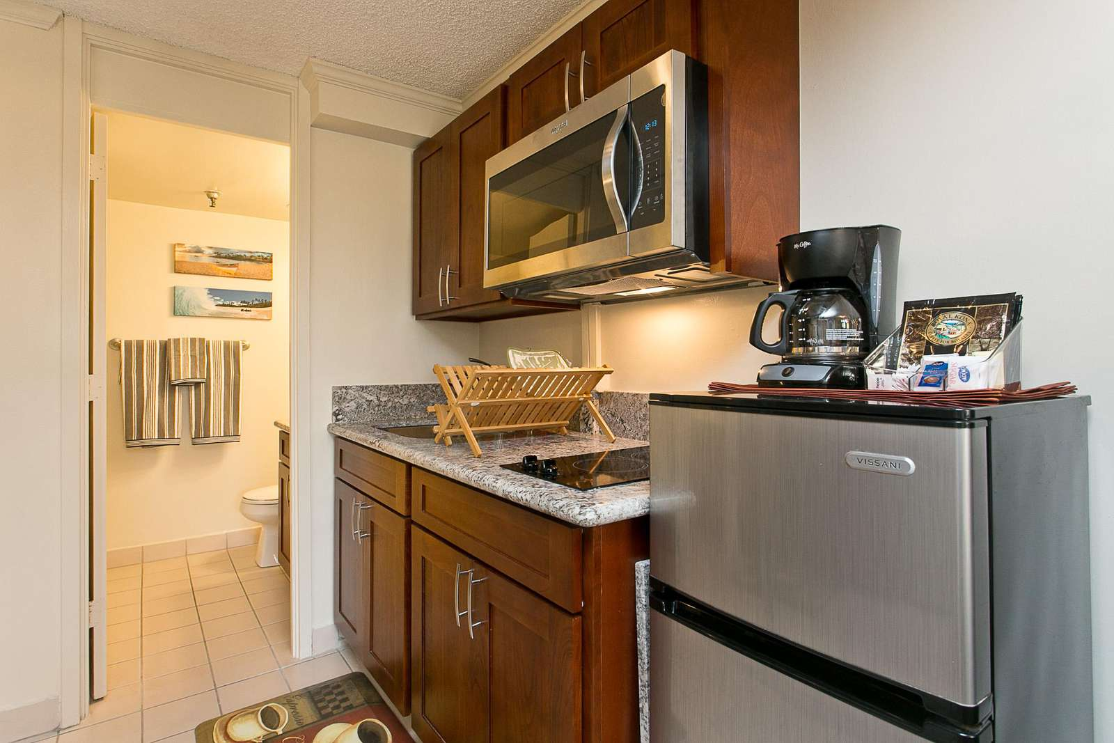 Practical & Clean Kitchenette Area