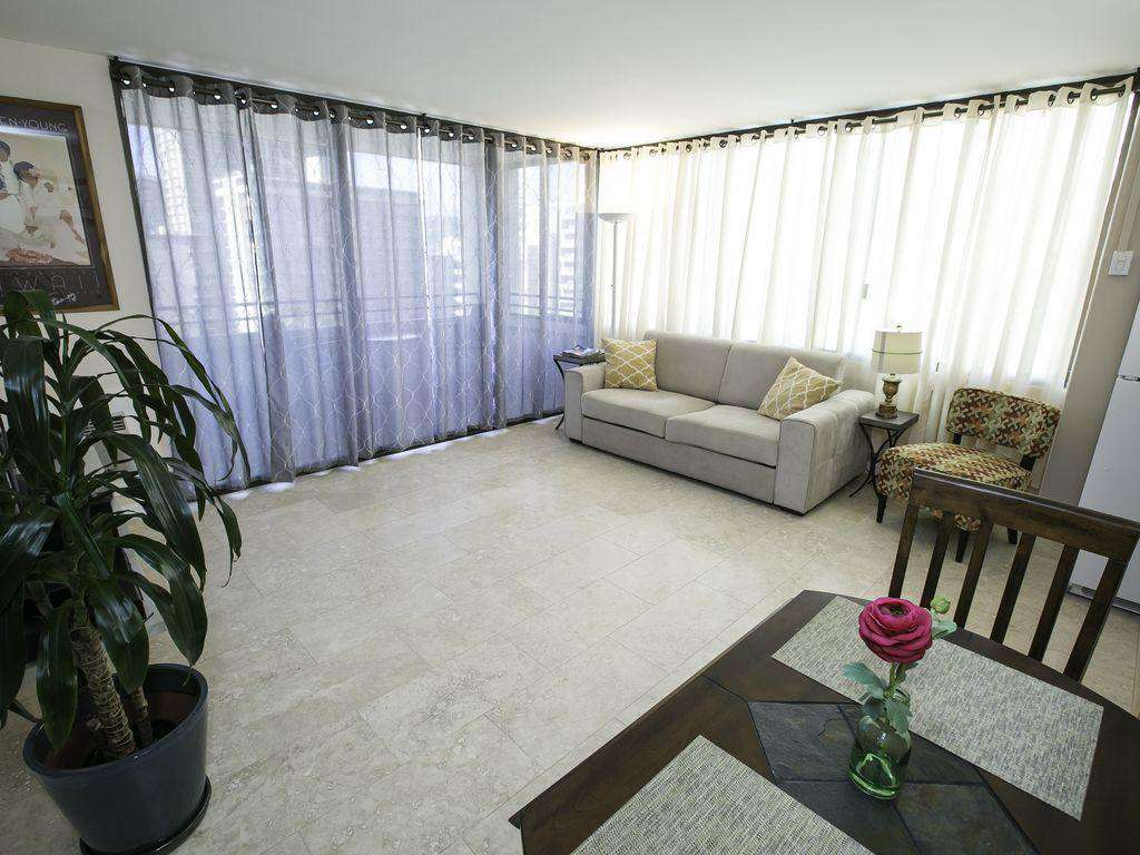 Centrally Located 1br Rental w/FREE WIFI, FREE PARKING, A/C & Wash/dryer