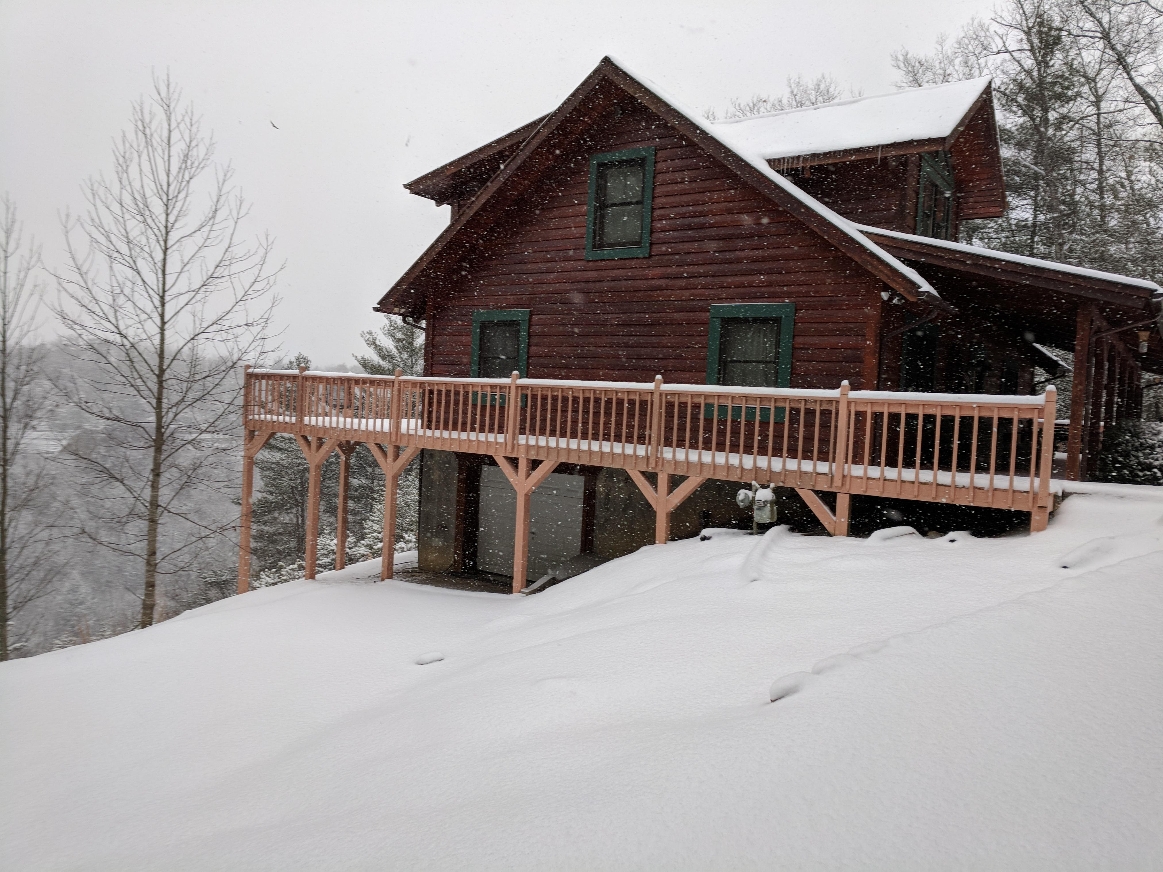 cabins bear vacation big ave lake cabin vista alta rentals rental redawning in winter property