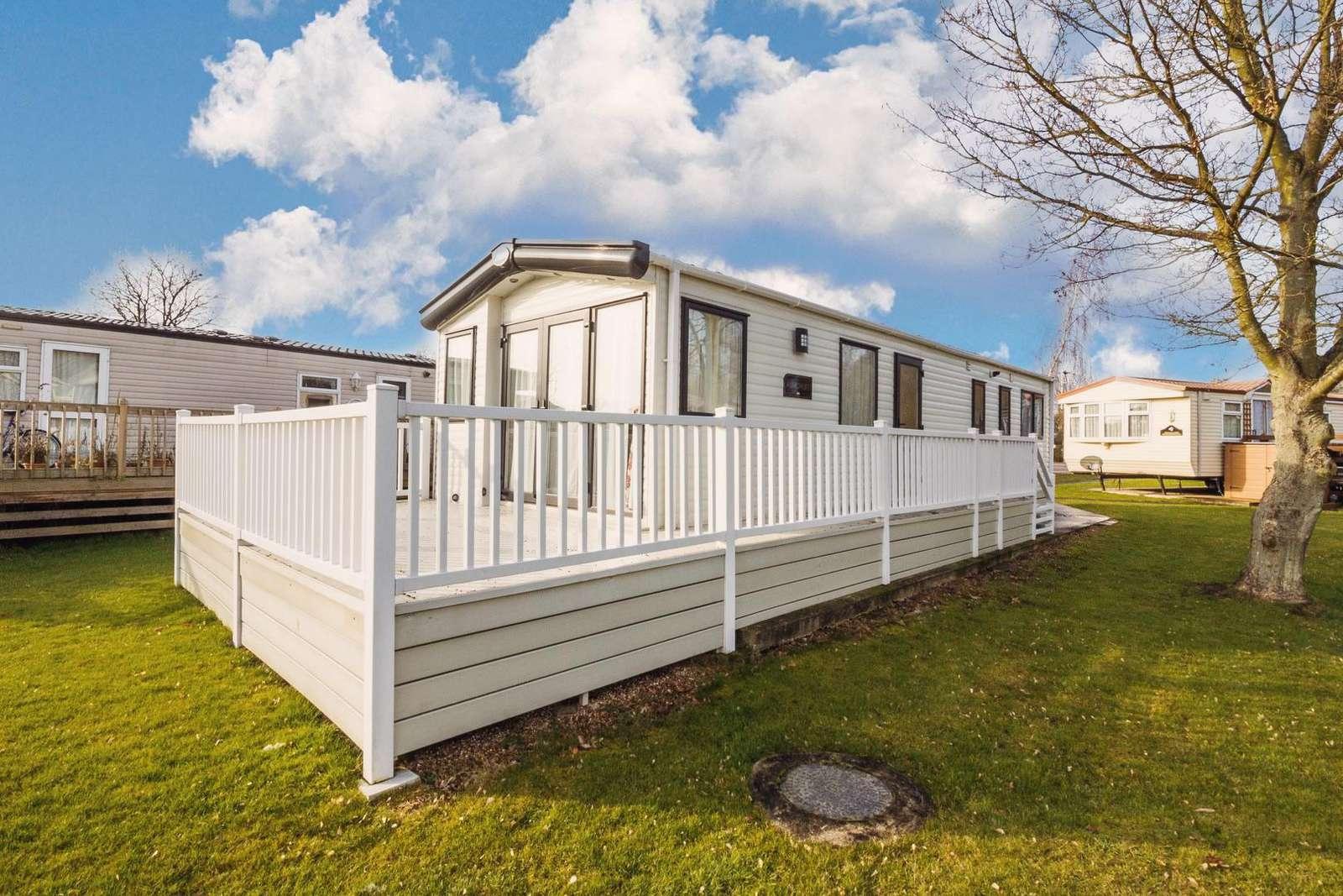 Carlton Meres Holiday Park accommodation for hire