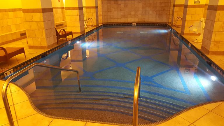 Adults-only relaxation pool